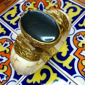 Made in INDIA Bone/Stone & Brass Detail Bracelet
